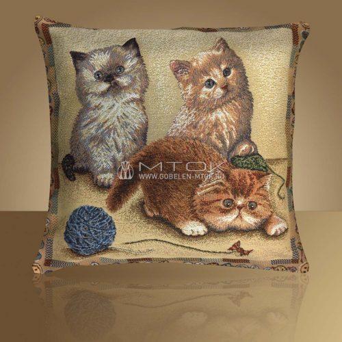 Декоративная наволочка, чехол из гобелена Персидские котята
