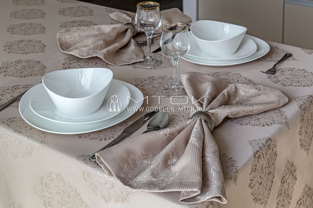 Комплект столового текстиля из жаккарда