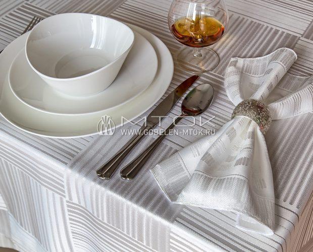 Комплект столового текстиля из жаккардовой ткани