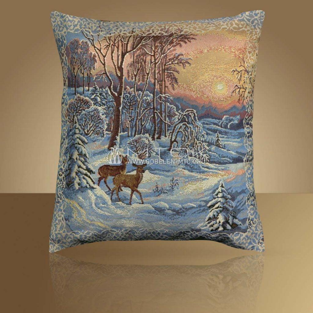 Идеи подарков на новый год 2019. Гобеленовый чехол на подушку «Олени»