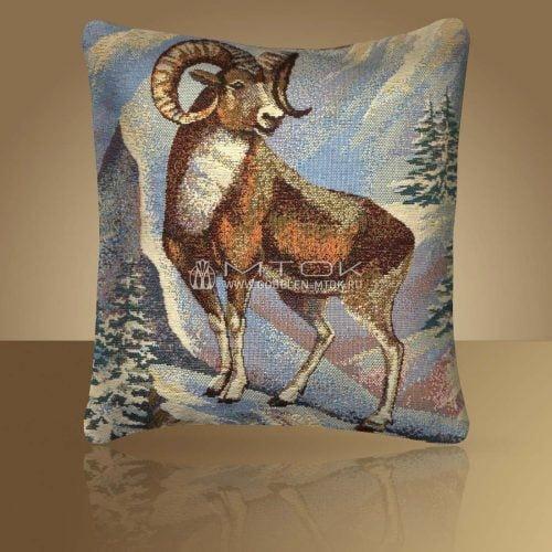 Идеи подарков на новый год. Гобеленовый чехол на подушку «Архар»