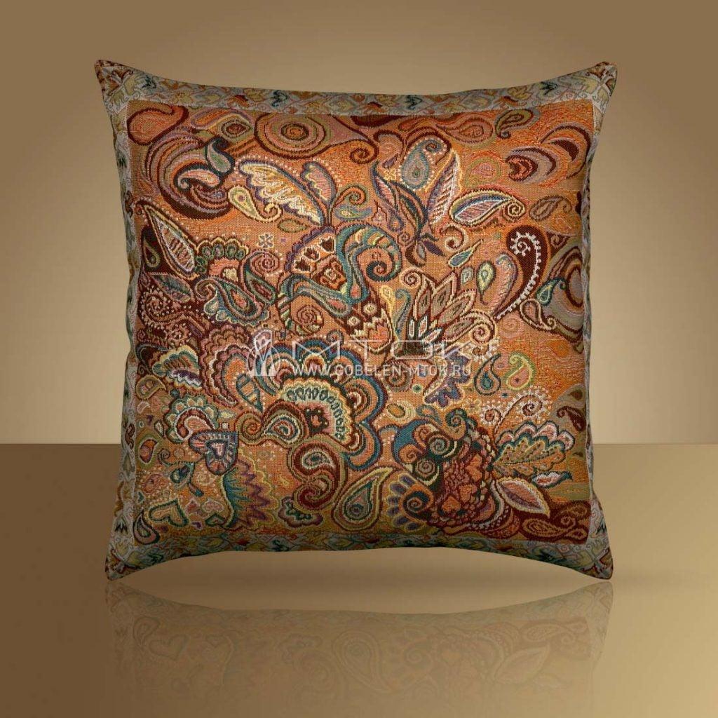 Декоративный чехол на подушку в стиле бохо «Восточное кружево»