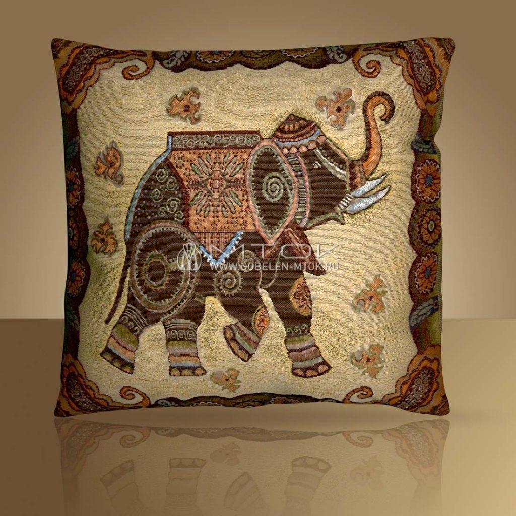 Декоративный чехол на подушку в стиле бохо «Индийский слон»