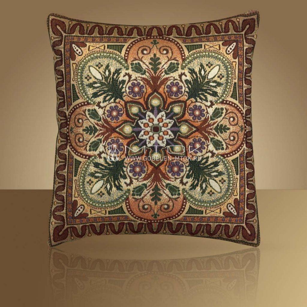 Декоративный чехол на подушку в стиле бохо «Орнаментальный»