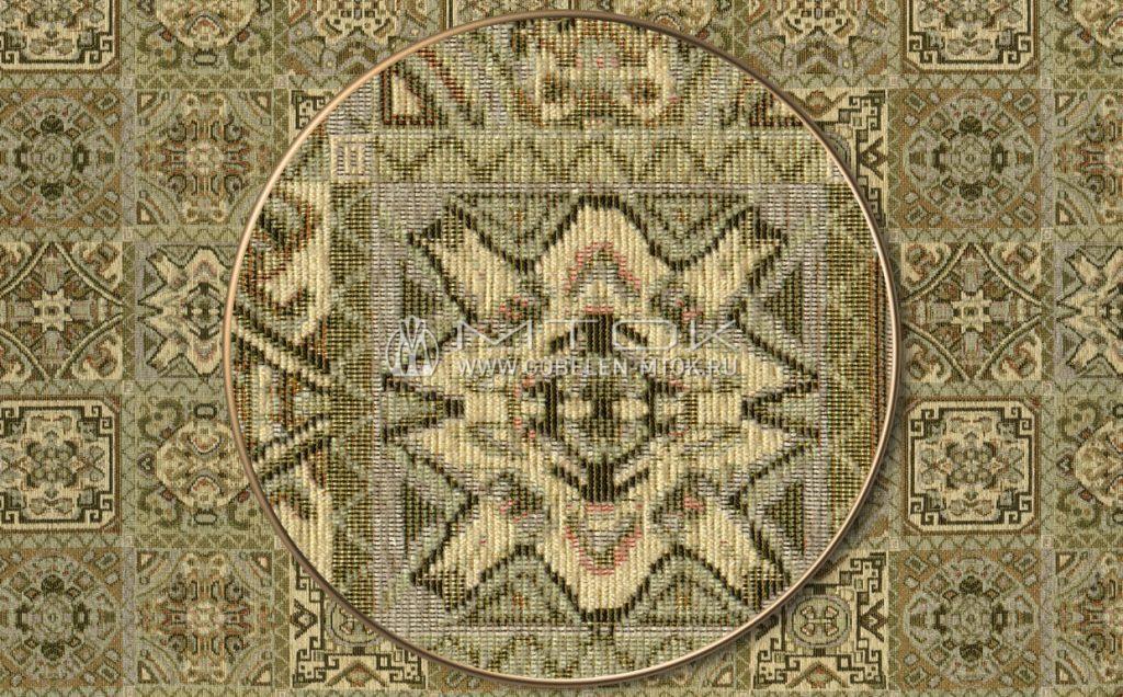 На фото: Жаккардовая ткань шенилл «Султан»